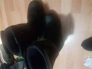 Waterproof insulated steel toe boots. Great for winter and work.