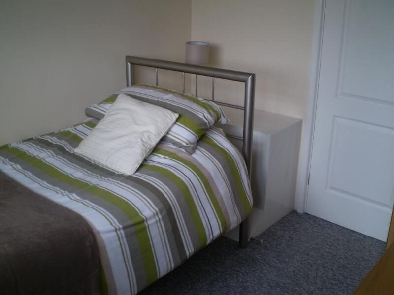 SINGLE ROOM IN STOKE NEWINGTON LOW DEPOSIT