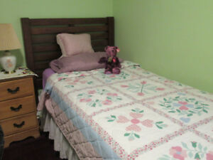 ROOM AVAILABLE FOR FEMALE INTERNATIONAL STUDENT