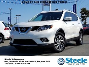 2015 NISSAN ROGUE SL - Loaded, Lease Buy-back