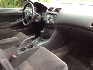 2005 Honda Accord Berline very clean West Island Greater Montréal image 3