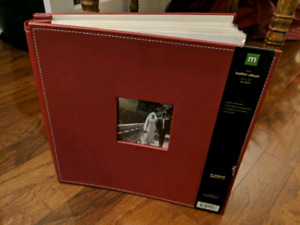 """FS: Faux Leather, 12"""" x 12"""", Post Bound, Red Apple, Photo Albums"""