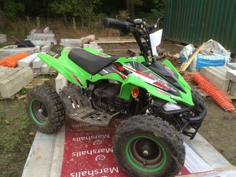 800w electric quadin Willington, County DurhamGumtree - Kids electric 800w quad bikeOnly been used few times since newIt has 3 different speedsettings as well as forward & reverse horn and lights all work perfect Christmas present