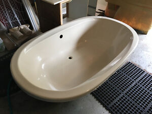 Large drop-in Bath Tub for Two!
