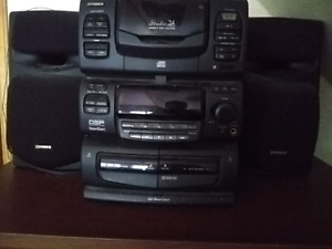 Great fisher stereo can hold 24 disc's