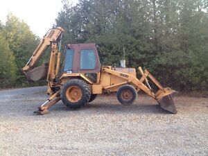 Case 580D Backhoe