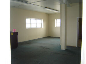 $1,100 · Office or Retail space for lease 2155-7th ave second fl Regina Regina Area image 4