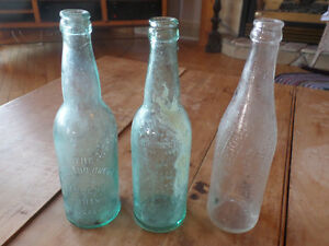 2 old brewery bottles + 1 old pepsi bottle Sarnia Sarnia Area image 1