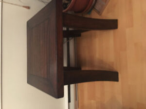 50.00$ Table de salon/ coffee table