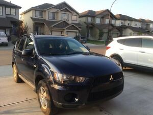 2011 Mitsubishi Outlander SUV, Never get stuck on Snow again