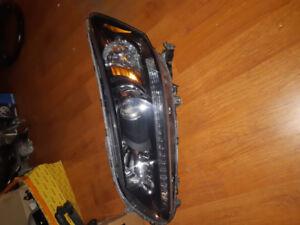 2015 Honda accord  left headlight assembly
