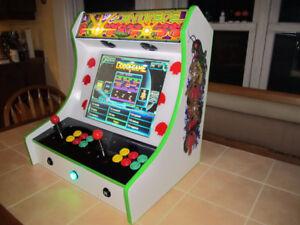 Centipede Themed Bartop Arcade with 900 Games!