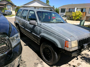 1993 Jeep Grand Cherokee.