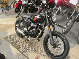 Hanway Scrambler 125. learner legal. 17 years and above.