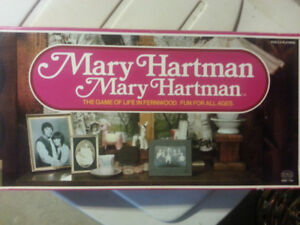 MARY HARTMAN 1975 GAME OF LIFE