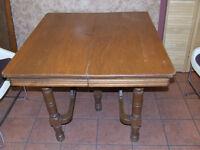 table antique carré avec 2 rallonges