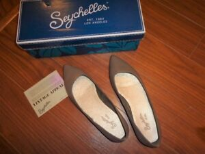 Brand new! Seychelles leather flats / shoes, size 7 (Were $150)