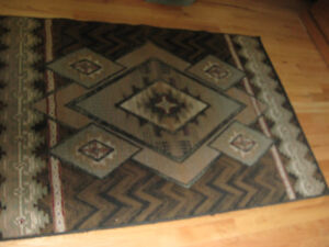 RUG GOOD CLEAN CONDITION size 4 ft. by 5 -1/2