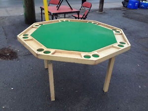 1950's folding poker table man cave solid  condition &85.00