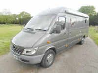 Mercedes Sprinter Motocross Van - Crew Cab - End Garage