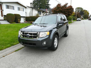 2008 Ford Escape  LOW kilometers