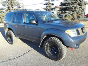 2006 NISSAN PATHFINDER OFF ROAD LIFTED WITH ARMADA SUSPENSION