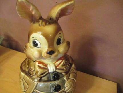 Highly Collectable Glazed Ceramic Rabbit Cookie Jar Made In Japan