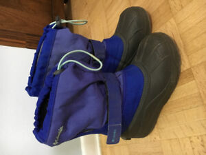 Columbia winter boots size 3