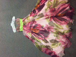 Beautiful Prom Dress -- Mint condition -- Worn only once
