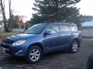 2009 Toyota RAV4 Limited SUV, reduced $10200