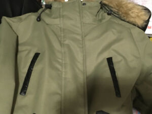 Parka Medium Army Green color