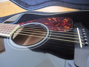 Guitare acoustique Yamaha FG720S