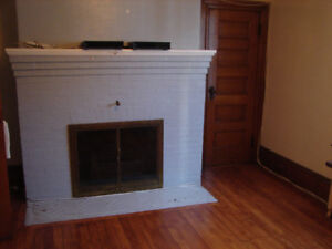 Great location, Downtown Sydney, 2 bedroom APT Available NOV1st