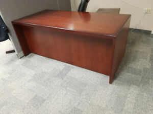 Large wooden office desk + drawers