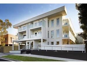 Ensuite Bedroom +underground parking + walking distance to train Clayton Monash Area Preview