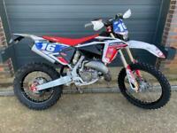 Fantic XE 125, 2020 Factory bike fully loaded @ Fast Eddy Racing