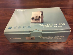 Canon Powershot SD300  Digital Elph Camera