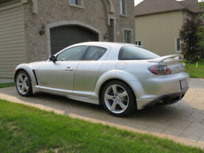 2005 Mazda RX-8 GT Silver Sunlight Berline 16 000 $ négociable