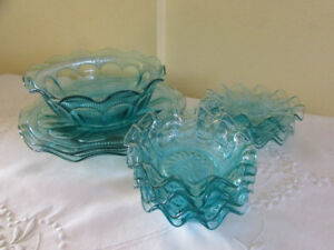 Vintage Ruffled Turquoise Glass Dessert Set