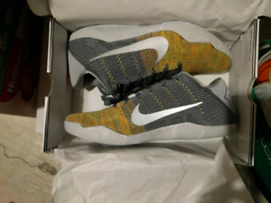 Nike Kobe 11 Elite sz 11.5 Master of Innovation