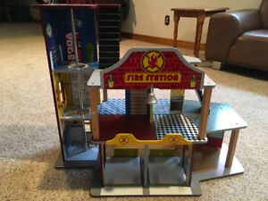 Kid Kraft Wooden Fire Station