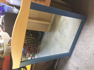 Dresser with 2 matching side tables