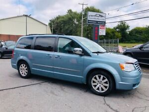 Chrysler Town - Country 7 Passagers-Air-Cruse-Mags-Jamais Accide