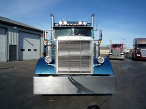 1988 Freightliner Cat power, 110 inch bunk Kitchener / Waterloo Kitchener Area image 4