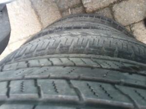 4 pneus été Hankook Dynapro 225/65R17 bons pour 2 été