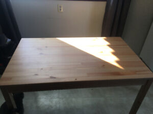 Like new table for sale!!