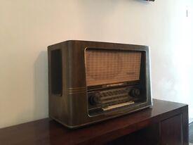 Rare Vintage Normende Fidelio Radio