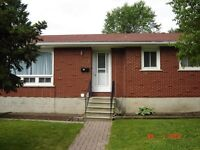 Three Bedroom Duplex - Main Floor of Bungalow - North End