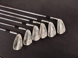 LH Mizuno MP 32 irons (5 to PW) stiff steel