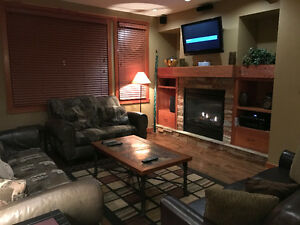 Fully Furnished 3 bedroom in Slalom Creek, Red Mountain April 3